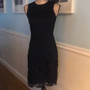 Gorgeous Ann Taylor Dress S 00 underlined in navy